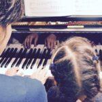 一気に15冊をドンとご紹介!現場のピアノの先生がおススメする、発表会やレッスンで役立つ「連弾曲集」