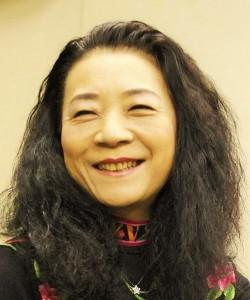 青柳いづみこ先生プロフィール写真2