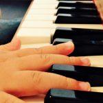 「…ピアノは練習が必要ですか?」体験レッスンでの質問に私たちはどう答えるべきか?